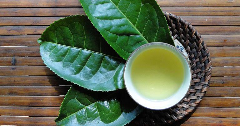 cách trị răng sâu nhẹ bằng trà xanh