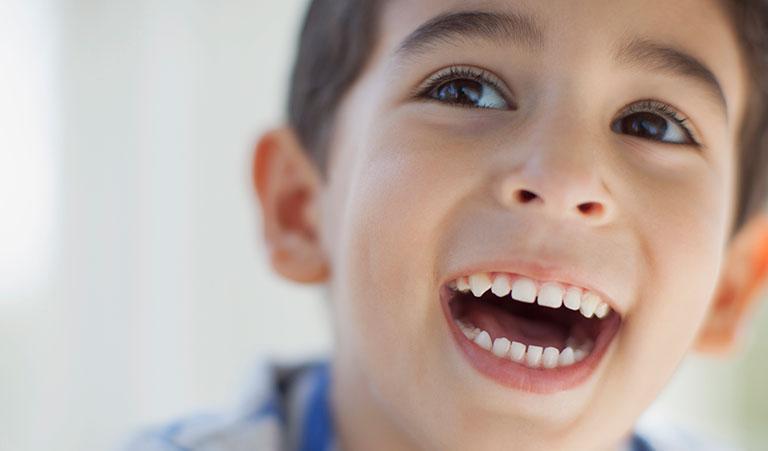 sâu răng ở trẻ em ảnh hưởng như thế nào