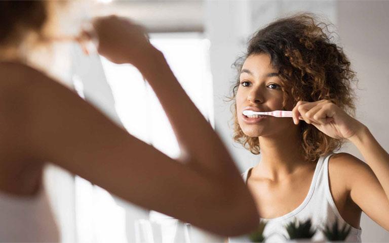 nguyên nhân viêm lợi chảy máu chân răng