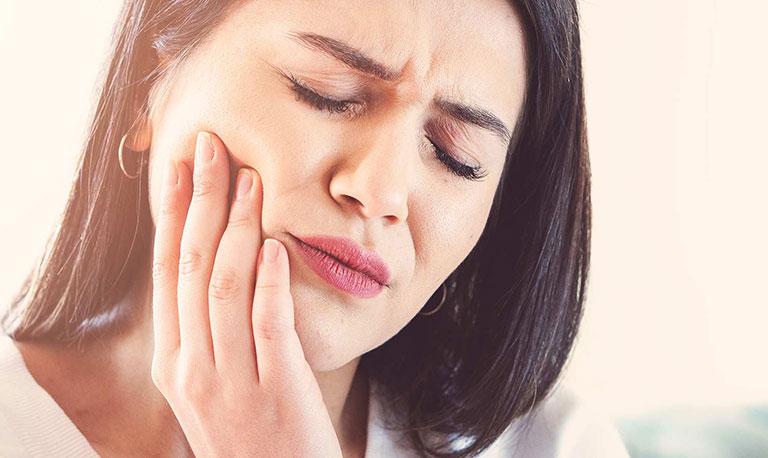 áp xe chân răng