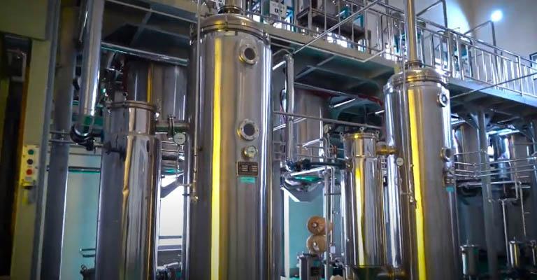 Thiết bị sản xuất thuốc đúng tiêu chuẩn và hiện đại