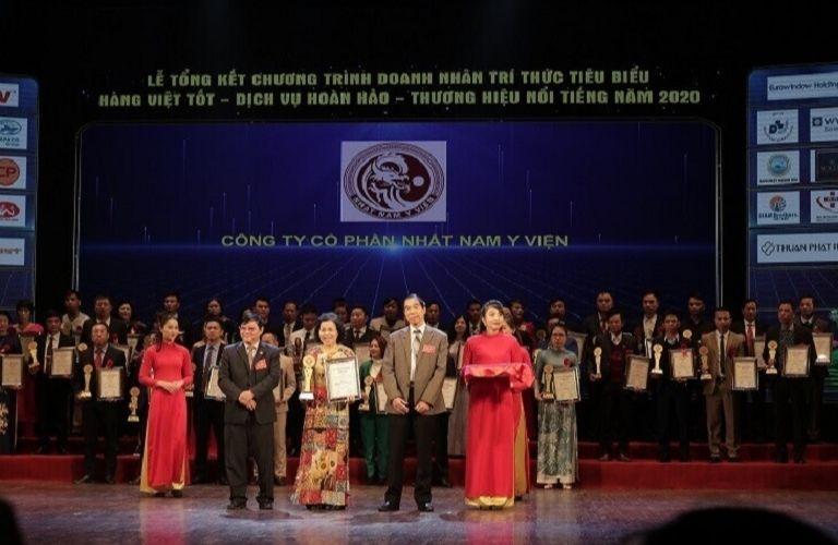 Nhất Nam Y Viện nhận giải thường năm 2020